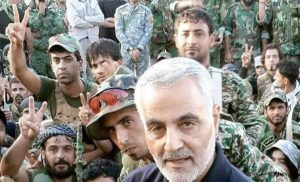 Kasım Süleymani emrindeki askerlerle Suriye'de.